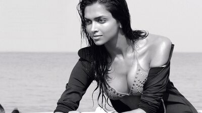 Imagen etiquetada con: Black and White, Brunette, Deepika Padukone, Celebrity - Star, Safe for work, Sexy Wallpaper