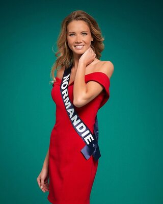 Imagen etiquetada con: Skinny, Amandine Petit, Blonde, Celebrity - Star, Miss France 2021, Safe for work, Smiling
