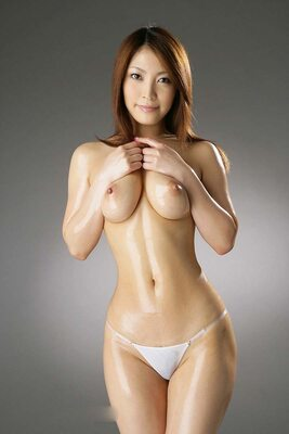 Imagen etiquetada con: Skinny, Asian, Boobs, Oiled